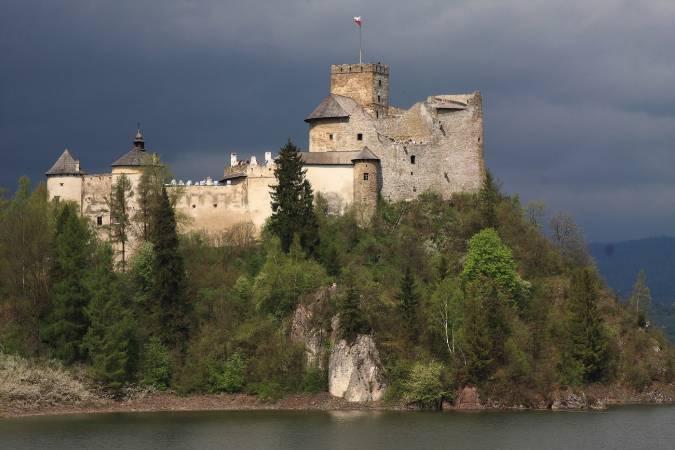 Znalezione obrazy dla zapytania zamek dunajec